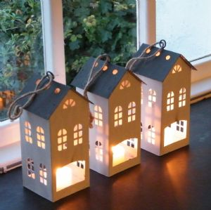 House Tealight Lantern